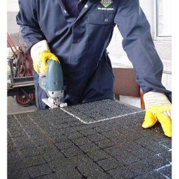Paneles antideslizantes reforzados con fibra y abrasivo mineral