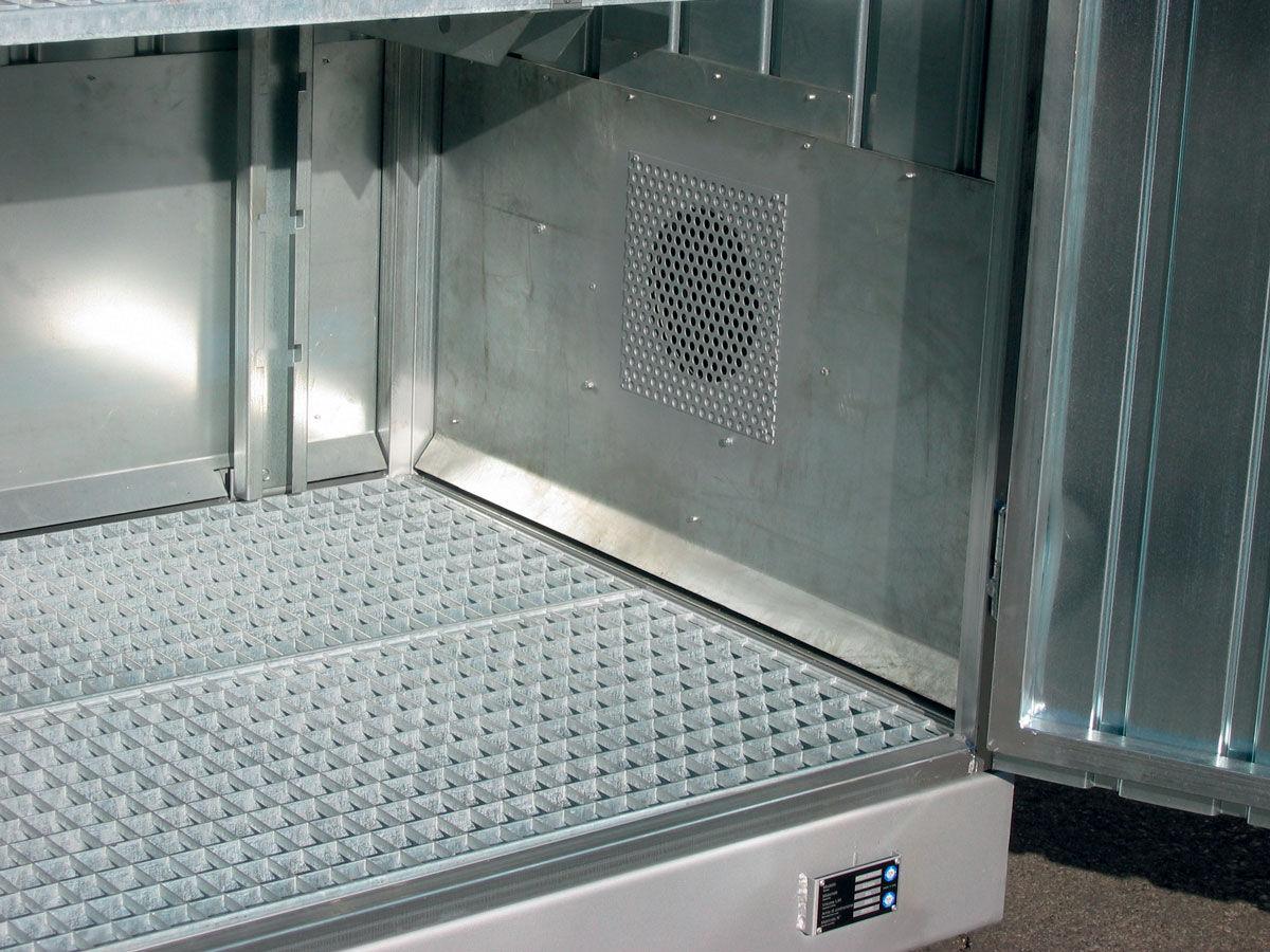 modulo de almacenamiento exterior con estantes