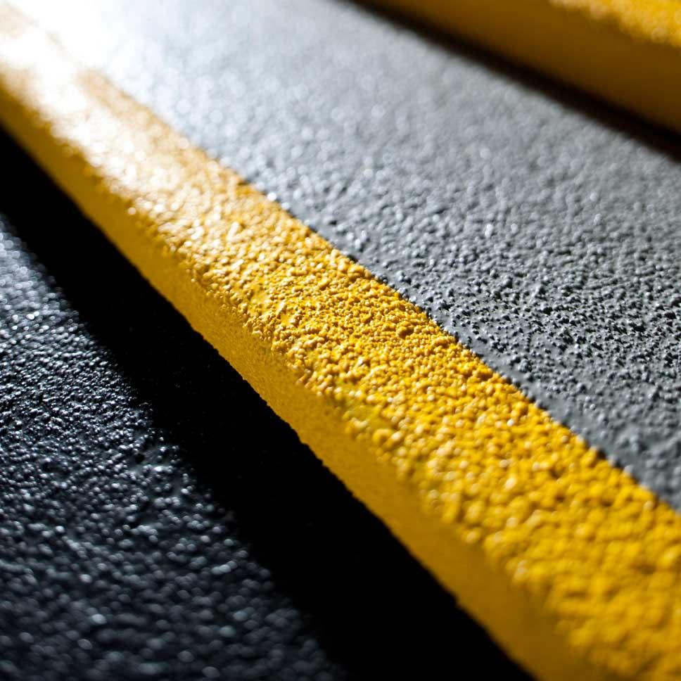 Cubre escalones anti-deslizante abrasivo grueso ampliada