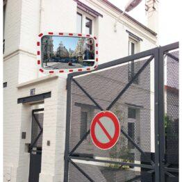 Espejos con bandas reflectantes para salidas o intersecciones