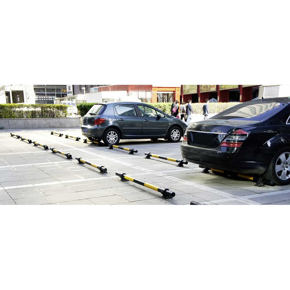 Protección metálica de suelo para aparcamiento