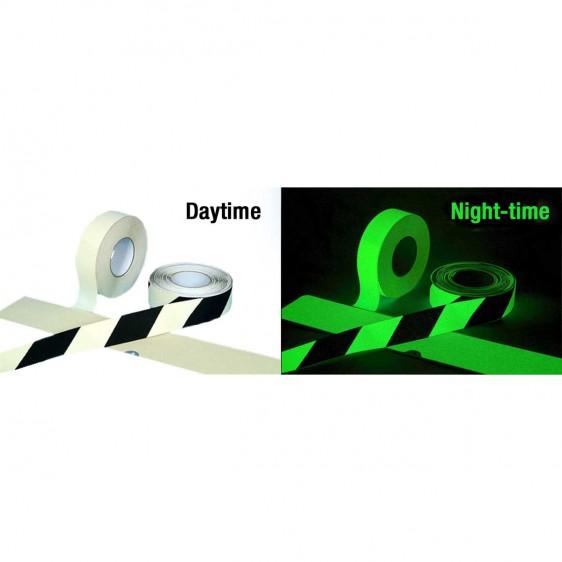 Cinta de marcaje fotoluminiscente antideslizante