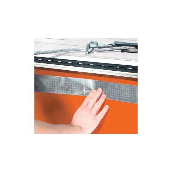 Cinta adhesiva reflectante para aplicaciones marítimas