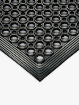 suelos-antifatiga-perforados-dissetodiseo