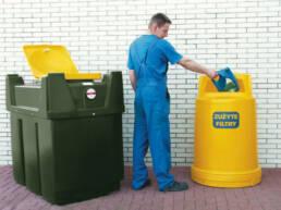 sector-quimica-dissetodiseo-_0004s_0012_contenedores para aceites
